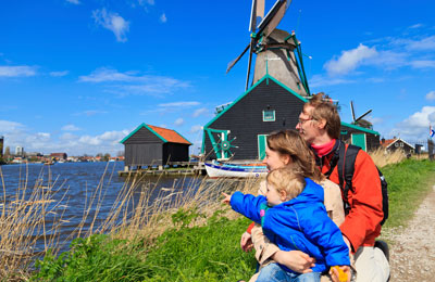 Save extra money on a mini cruise to Holland if you book it with Ferrysavers!